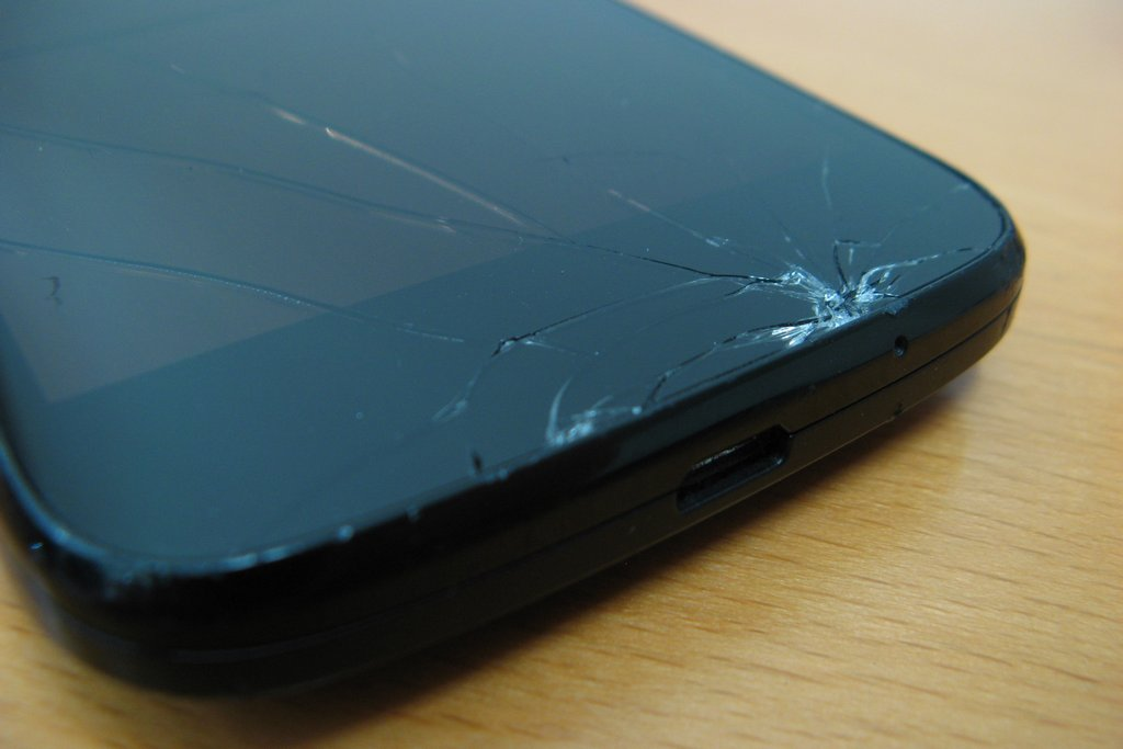 Moto G broken screen