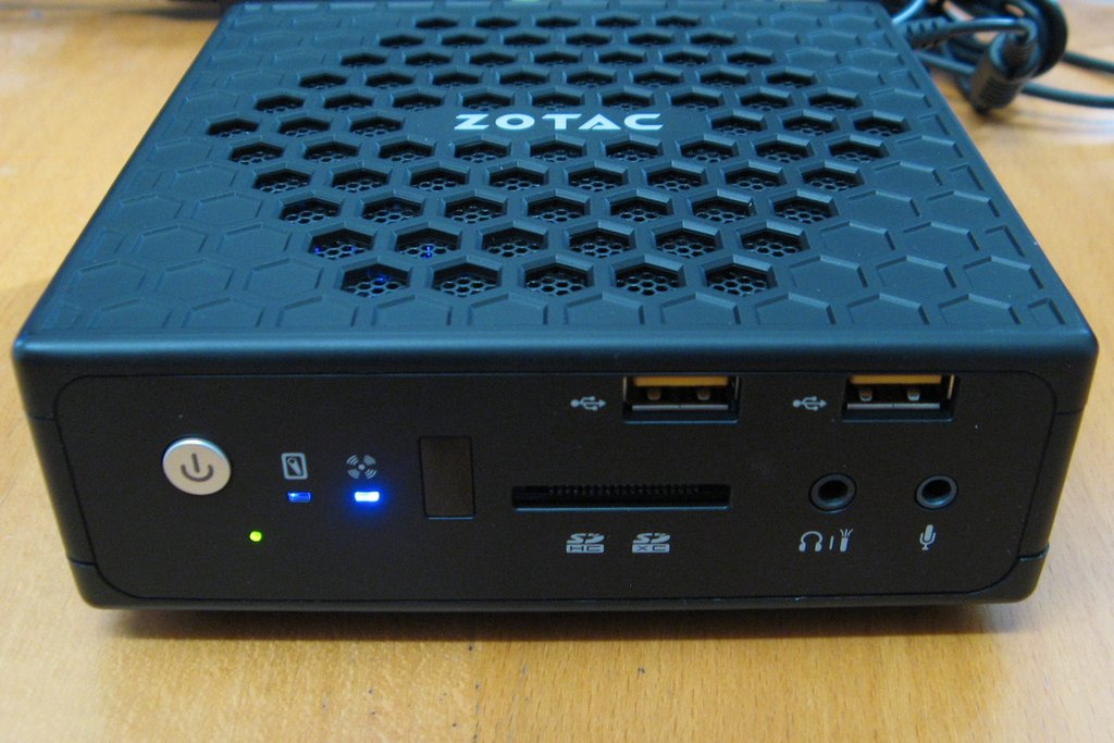 zotac_ci540_outside